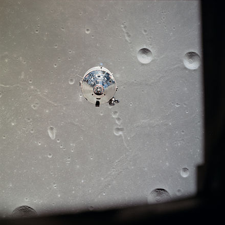 1aaApollo_11_CSM_photographed_from_Lunar_Module_(AS11-37-5445)